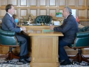 Владимир Селянин заявил, что уходит в отставку.