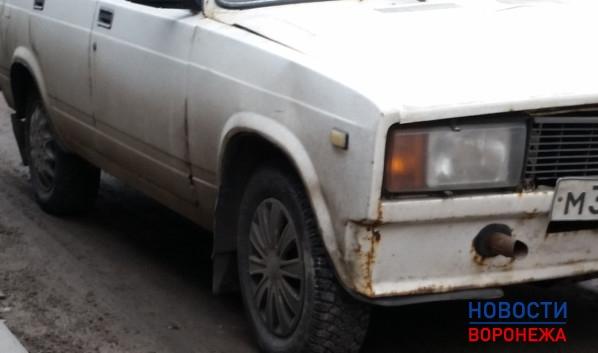 Воронежец разбил чужой ВАЗ-2105.