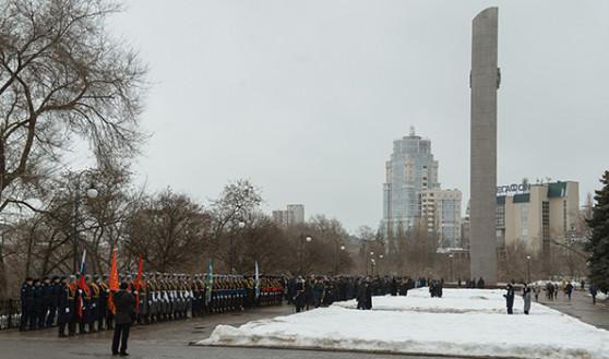 Церемония прошла на площади Ленина.