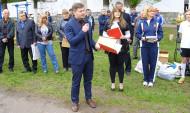 Владимир Калинин поздравил сотрудников спортшколы.