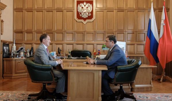 Алексей Гордеев и Максим Увайдов (справа).