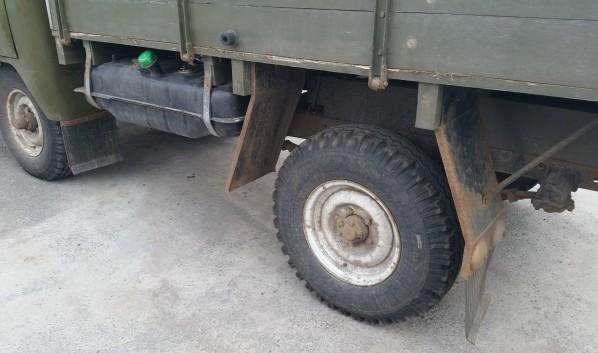 Мужчина украл грузовик у матери.