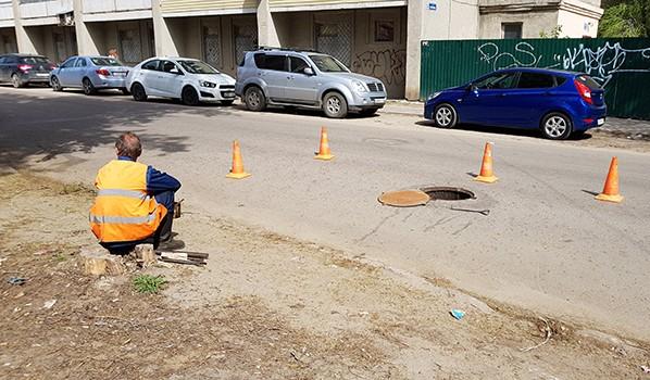 Оказывается, состояние водопроводной сети оказывает влияние на качество дорог.