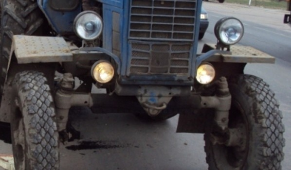 Топливо слили с тракторов.