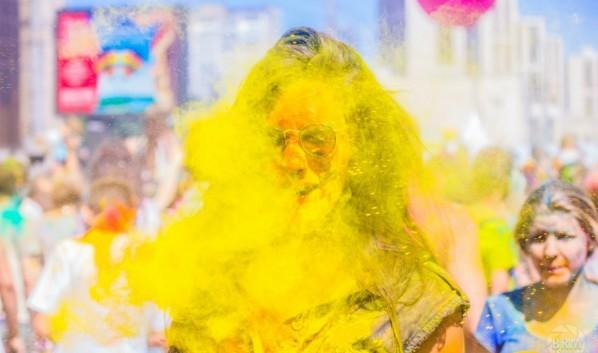 В мэрии заявили, что фестиваль красок не запрещали. Но и не разрешали.
