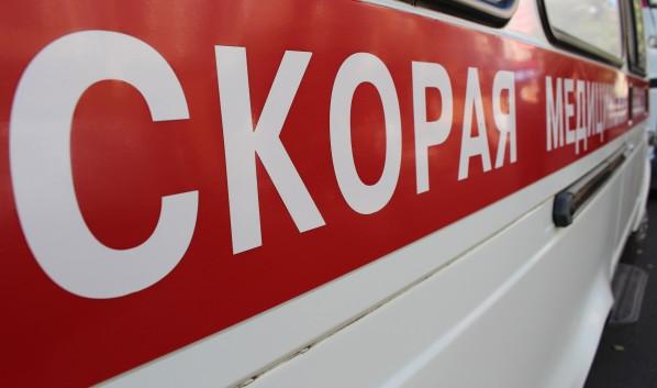 Водитель скончался, а пассажир в больнице.