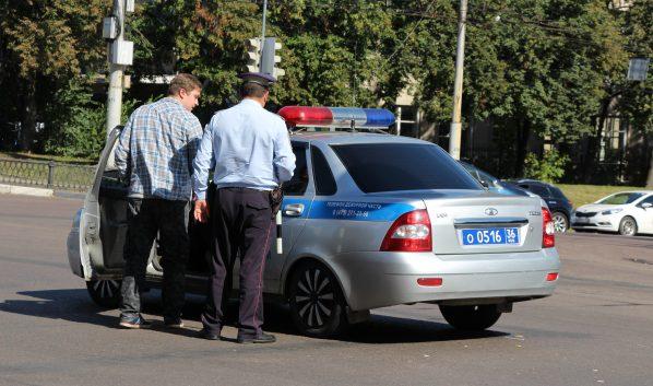 Стражи порядка зафиксировали 803 нарушения ПДД.