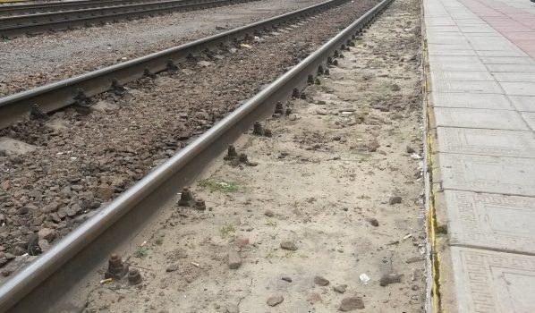 Поезд столкнулся с легковым авто.