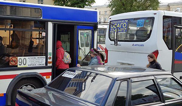 В Воронеже автобусы ездят с нарушениями.