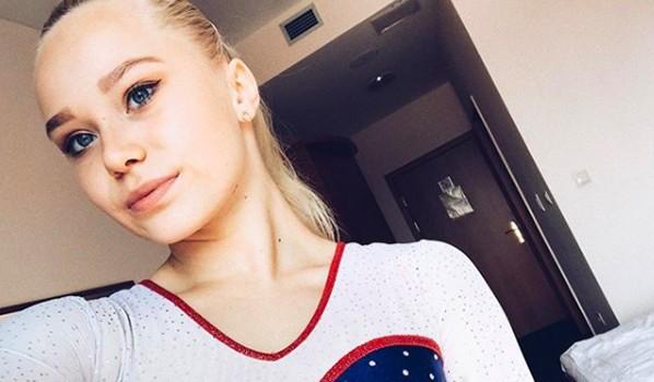 Ангелина Мельникова.