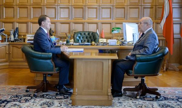 Встреча губернатора Алексея Гордеева и ректора Игоря Есауленко.