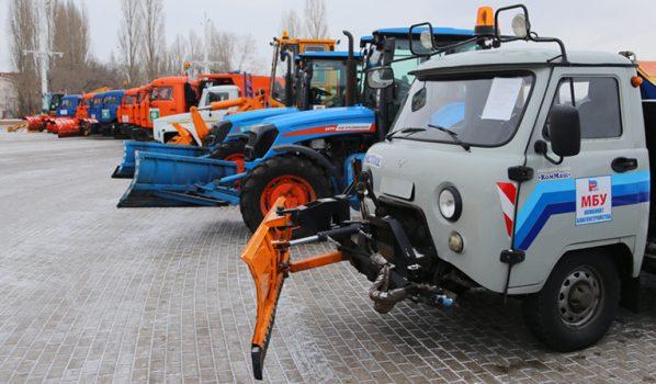 Парад коммунальной техники в Воронеже.