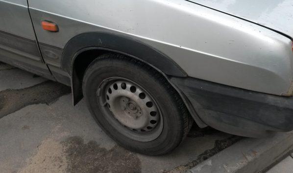 Автомобилистам рекомендуют менять шины.