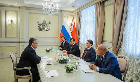 На встрече в правительстве Воронежской области.