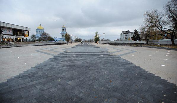 Реконструкция Советской площади продолжается.