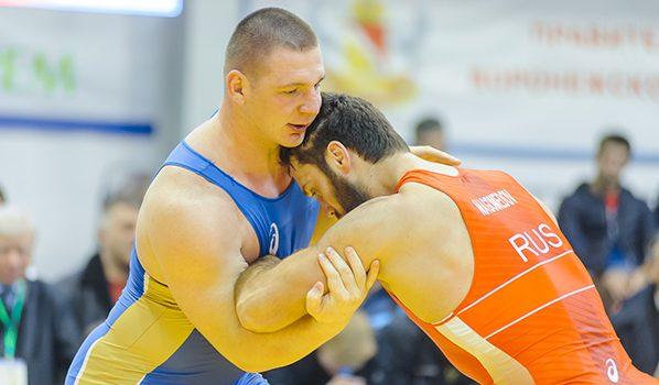 Билял Махов стал абсолютным чемпионом РФ повольной борьбе