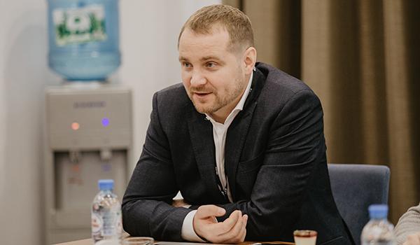 Владимир Поваров.