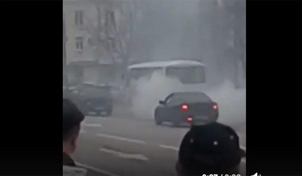 «ПАЗик» дымит в Воронеже.