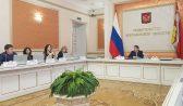 Алексей Гордеев на пресс-конференции.