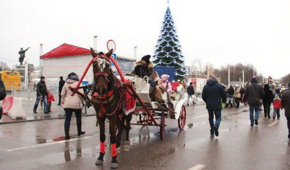 Движение транспорта около площади Ленина будут перекрывать.