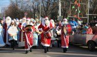 Парад Дедов морозов в Воронеже.