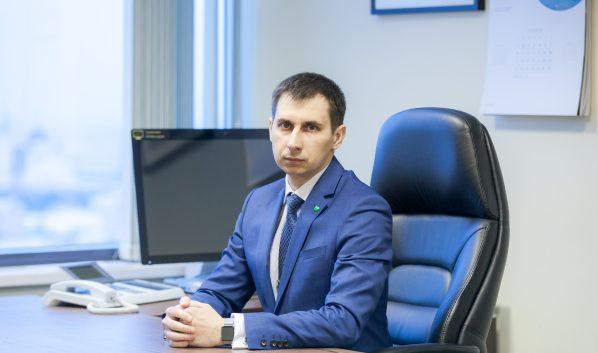 Денис Скребец.