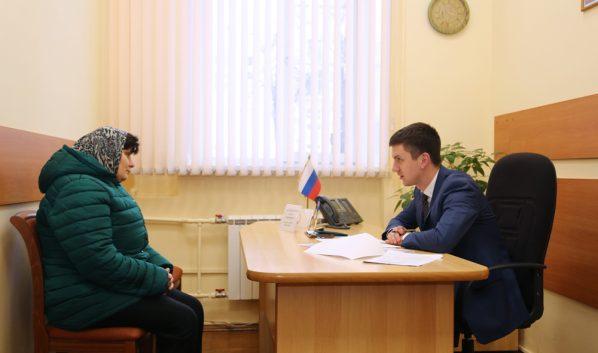 Прием граждан провел Алексей Антиликаторов.