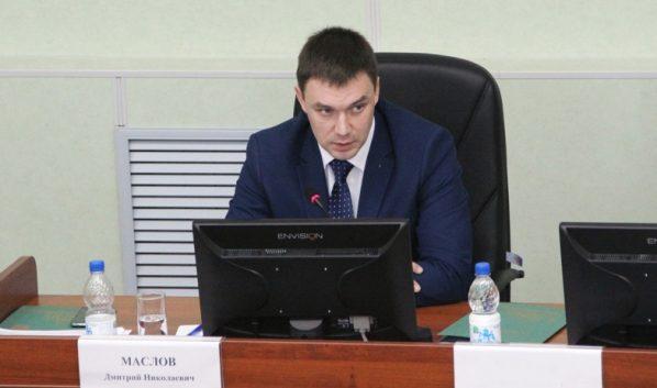 Дмитрий Маслов.