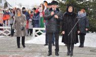 Сенатор Сергей Лукин поздравил жителей с Масленицей.