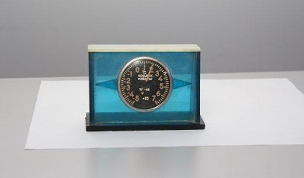 Термометр оказался радиоактивным.