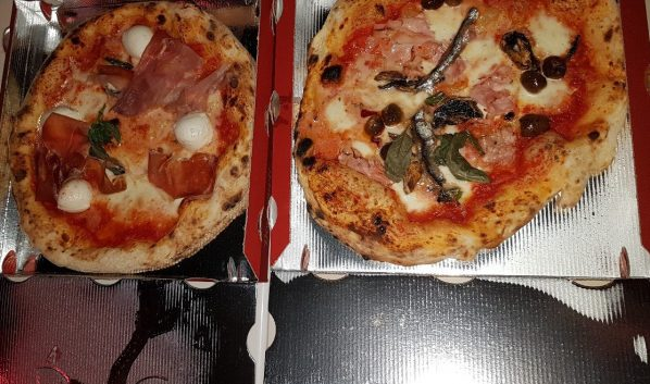 Подростки похитили пиццу.