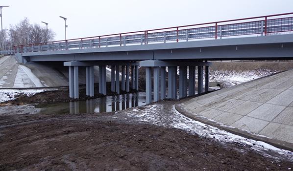 Мост через реку Тойда.