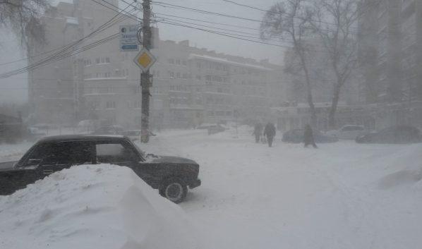 На Воронеж надвигается снегопад.
