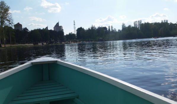 С лодки украли мотор.