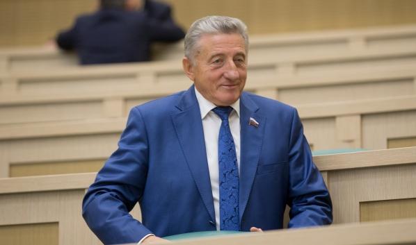 Сенатор Сергей Лукин.