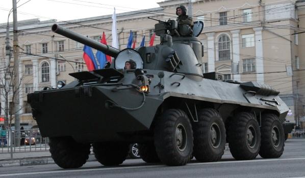 Военная техника на первой репетиции парада Победы-2018 в Воронеже.