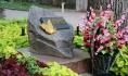 Фильм рассказывает о трагедии в Саду пионеров Воронежа 13 июня 1942 года.