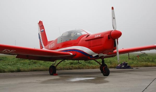 Zlin Z-142.