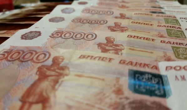 Воронежец задолжал крупную сумму по алиментам.