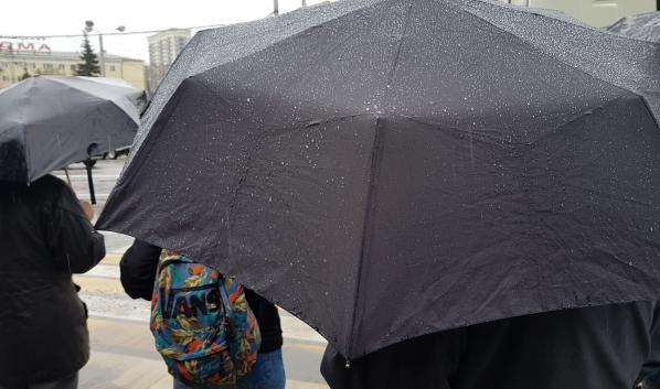 Синоптики обещают дождь на День Победы.