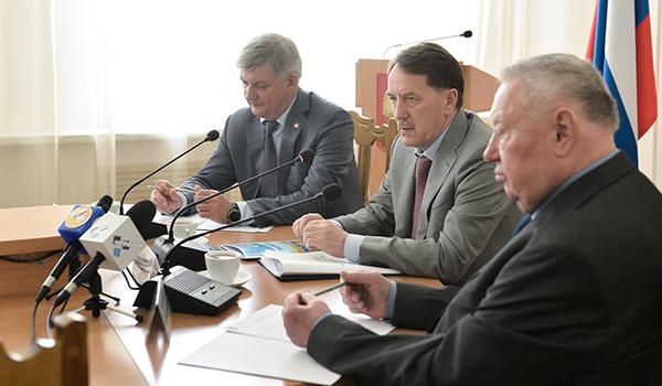 Александр Гусев, Алексей Гордеев и Николай Ольшанский.