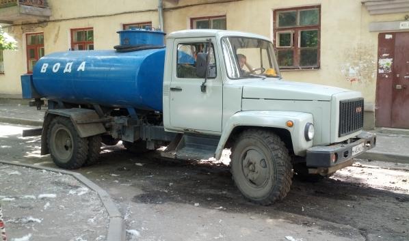Жителям подвезут техническую воду.