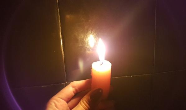 В районе отключили свет.