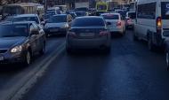 Транспорт загрязняет воздух.