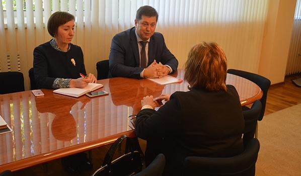 Сергей Крючков на встрече с Еленой Котовой.