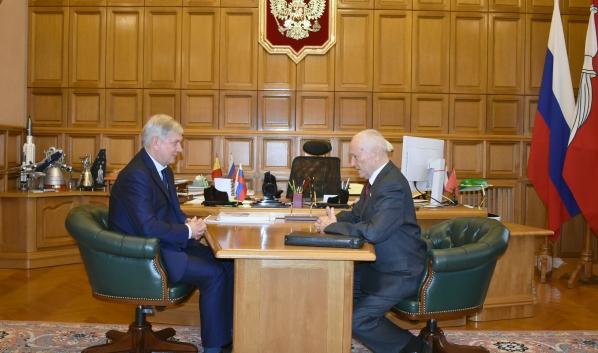 Встреча губернатора со Станиславом Ходаковским.