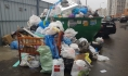 В Воронеже пытаются решить проблему с вывозом мусора.