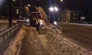Ночная уборка города.