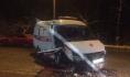 Машина скорой после аварии.