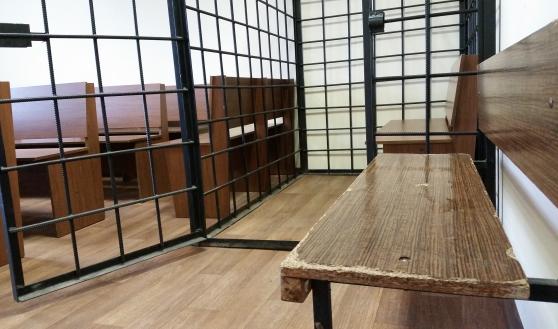 Полицейские попали на скамью подсудимых.